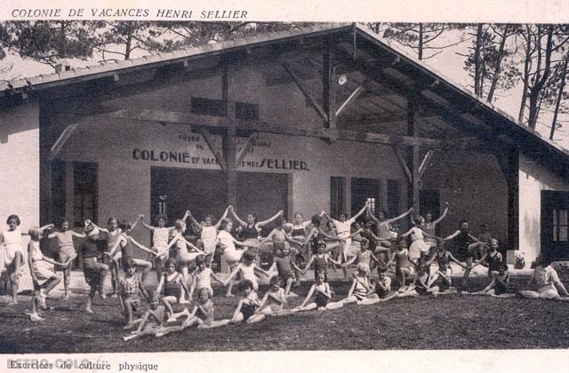 Exercices de culture physique - Colonie de vacances Henri Sellier
